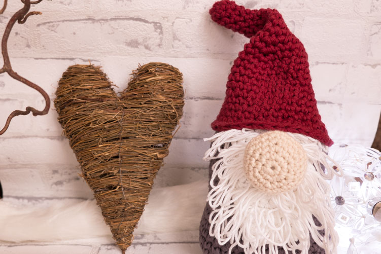 Crochet Christmas Gnome Free Crochet Pattern Yarnhild Adorable Christmas Gnome Pattern