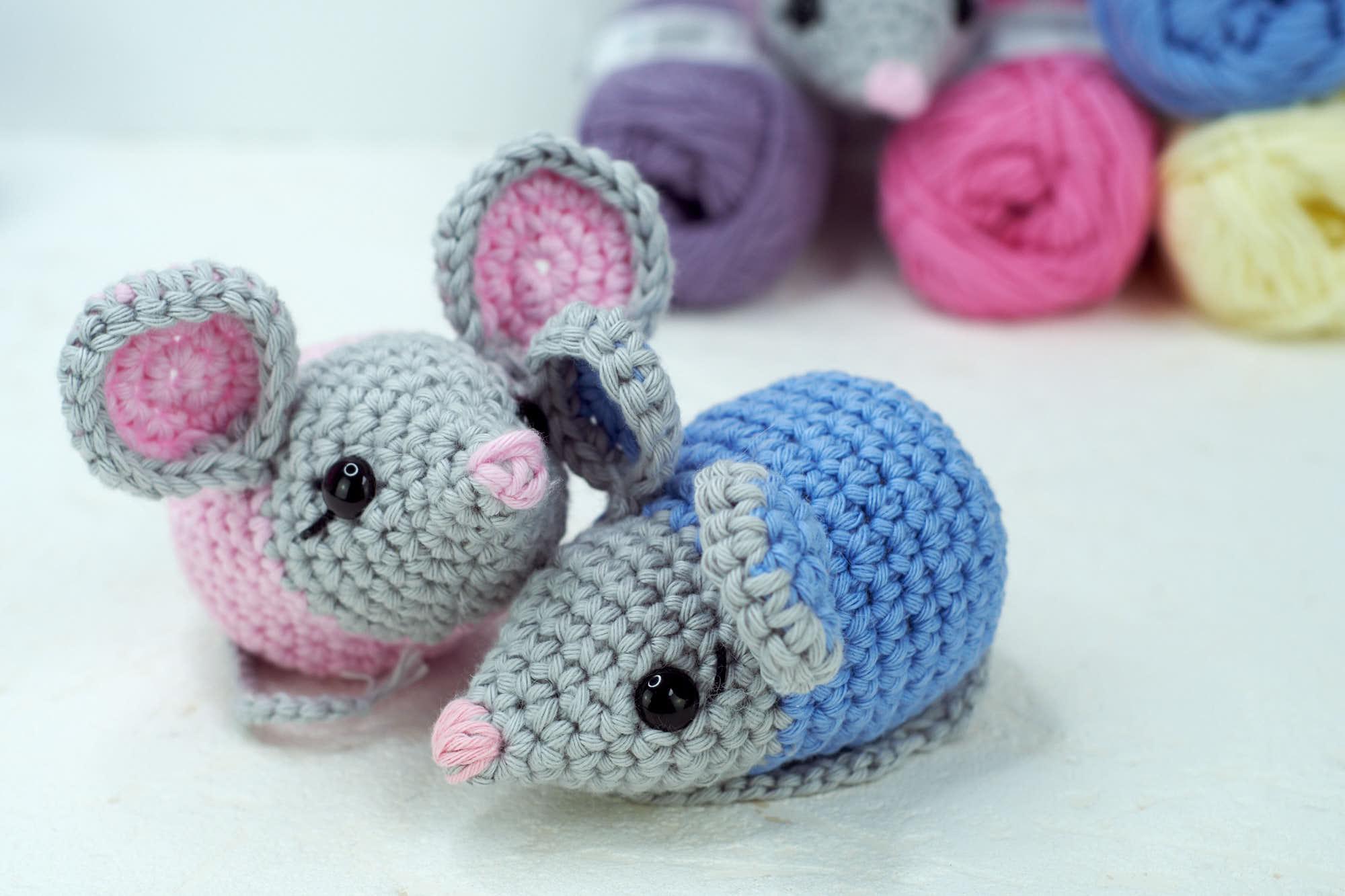 Amigurumi mouse crochet pattern | 1333x2000